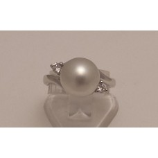SOLD  18ct WHITE GOLD CULTURED PEARL and DIAMONDS RING