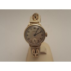 9ct GOLD VINTAGE MARVIN LADIES MECHANICAL WATCH