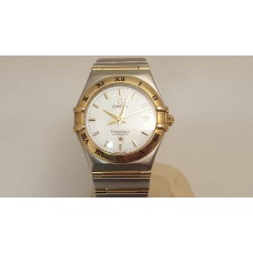 SOLD  AUTOMATIC LADIES OMEGA CONSTELLATION