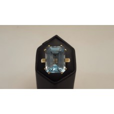 SOLD  BLUE TOPAZ in 18ct GOLD
