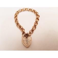 9ct GOLD BRACELET, DIAMOND SET HEART CATCH
