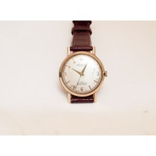 9ct GOLD ACCURIST MECHANICAL WATCH